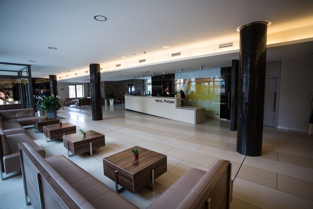 Recepcja hotelu Pivovar wPradze