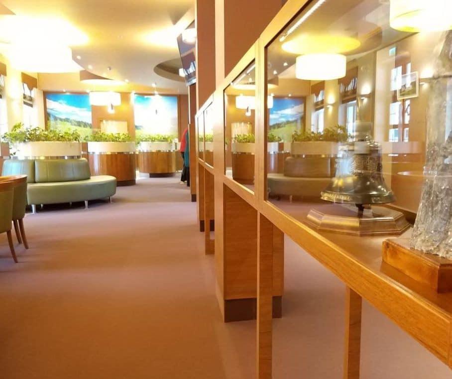 Lobby sanatorium Edel wZlatych Horach