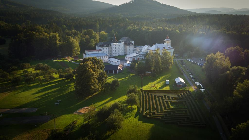Zlate Hory - Sanatorium Edel