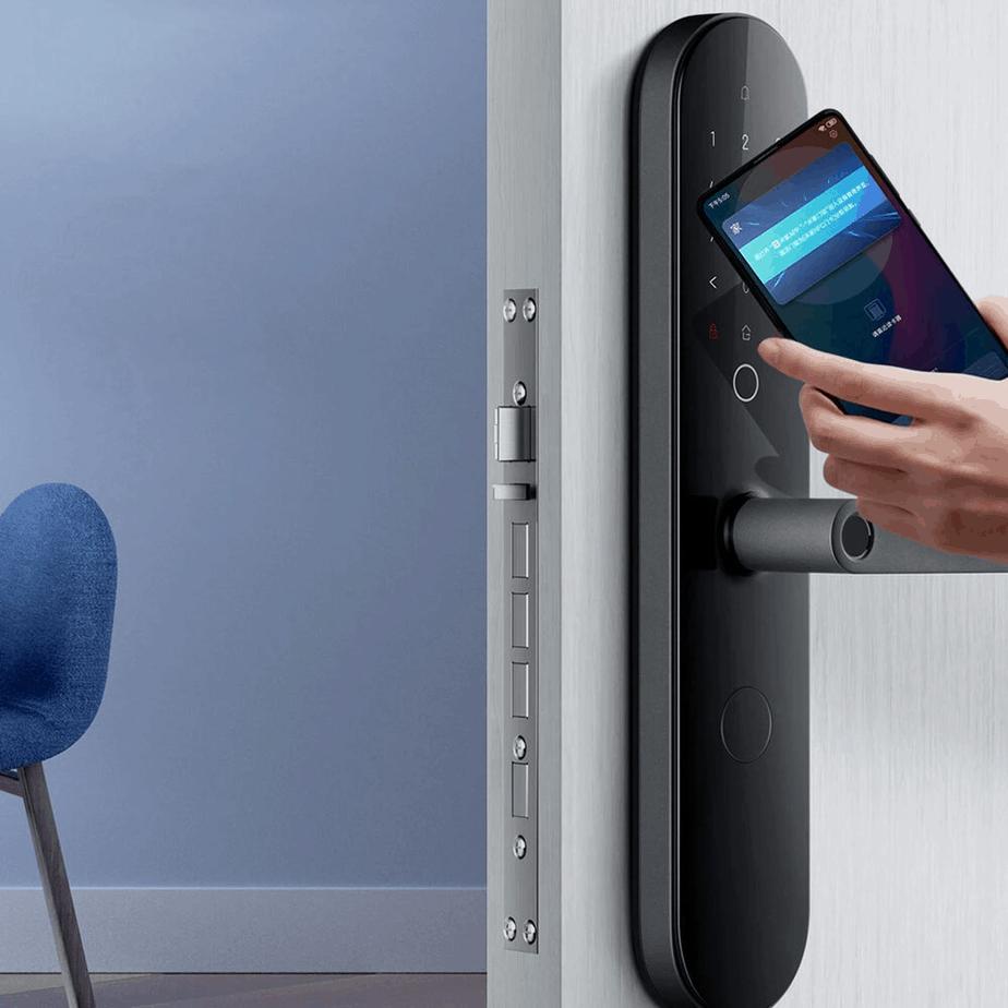System otwierania drzwi smartfonem